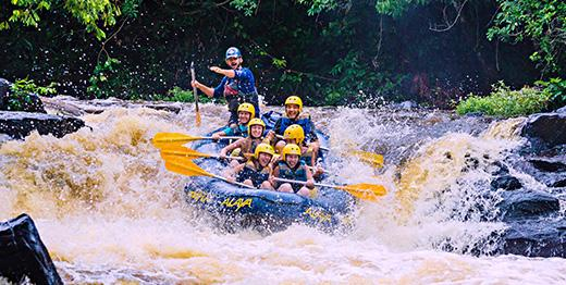 Rafting com tirolesas exclusivas